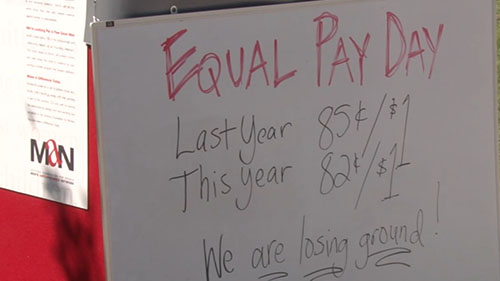 Phoenix Mayor Greg Stanton and two councilwomen say they will seek an ordinance requiring city contractors to provide equal pay for male and female employees. Cronkite News reporter <b>Lauren Wells</b> reports.